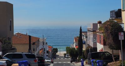 Sand and whitewater views, walking distance to the beach