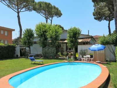 Photo for Vacation home Il Mandarino (TDO100) in Torre del Lago Puccini - 8 persons, 3 bedrooms