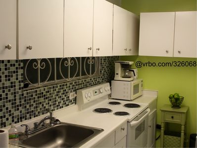 Modern and fully stocked kitchen, now including a complementary fine tea corner