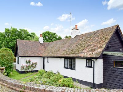 Photo for 3BR House Vacation Rental in Little Kingshill, near Great Missenden