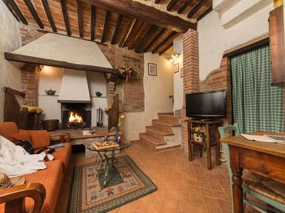 Photo for 2BR Apartment Vacation Rental in Castiglione d'Orcia, Toscana