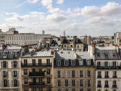 Photo for PARISIAN COCOON WITH A VIEW ON THE ROOFS - TERNES