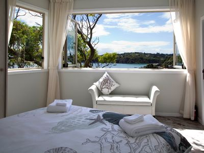 Photo for Modern Stylish Oneroa Apartment with Sea Views for 4 guests
