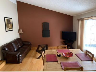 Photo for BRENTWOOD: 1 Bedroom Space T2