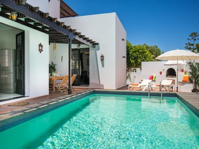 Photo for Luxury villa with private pool, 5 mins from beach in the heart of Costa Teguise.