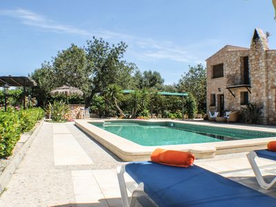 Photo for Dream estate with private pool and barbecue