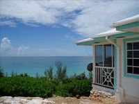 Comfy cottage with fantastic ocean view & great hosts!!!