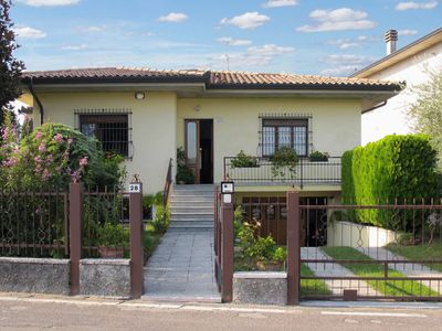 Photo for 3 bedroom Villa, sleeps 6 in Castelnuovo di Verona with Air Con and WiFi