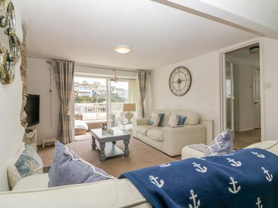Photo for SEADRIFT, pet friendly, with open fire in Brixham, Ref 1000538