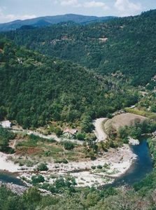 Photo for House for 10 people near a large body of water, La Beaume River