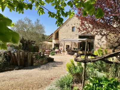 Photo for Beautiful 4 * character house, heated swimming pool, Cahors vineyard, Lot