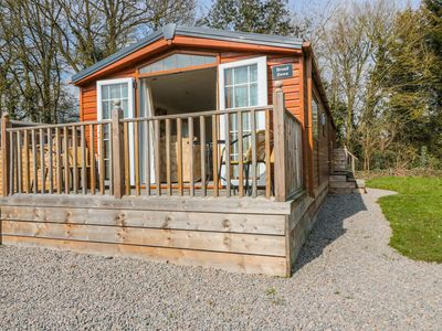 Photo for BROAD DOWN, pet friendly, with a garden in Berrow, Ref 943823