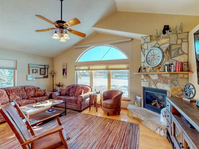 Photo for NEW LISTING! Beautiful townhouse w/patio & mountain views- dogs OK