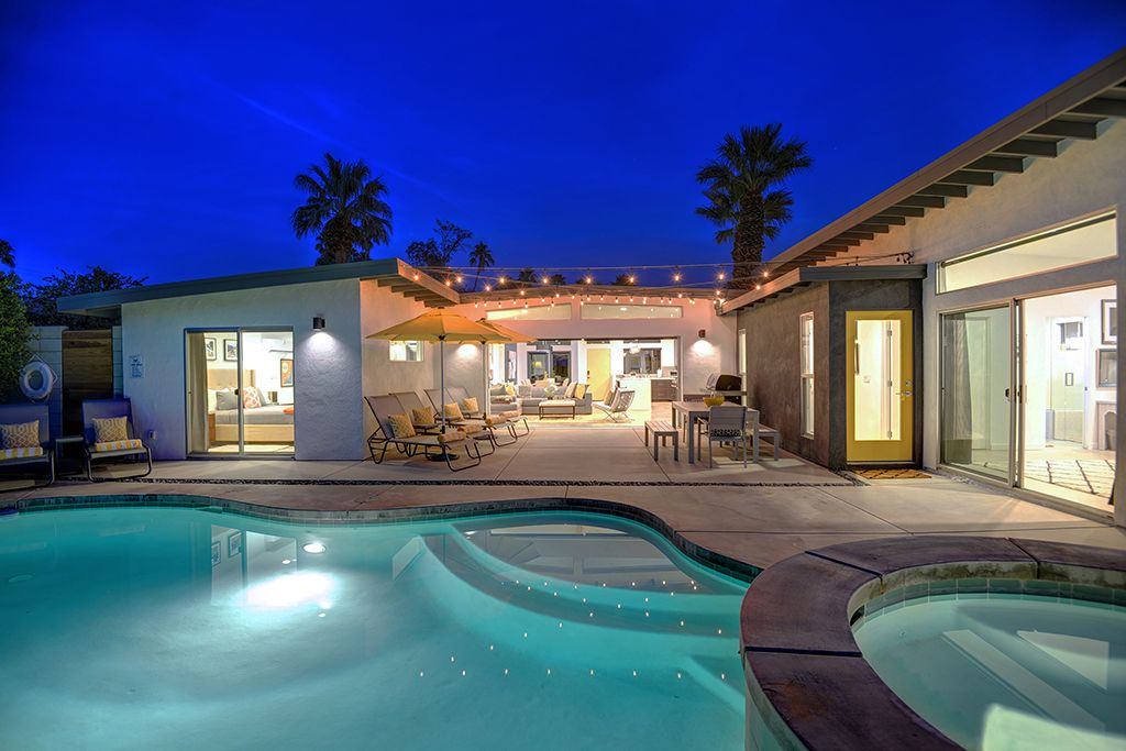 Pool home bocce ball and putting green vrbo Homes to rent in france with swimming pool