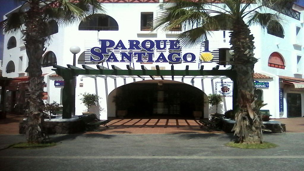 Tenerife Parque Santiago 1 Aparthotel For 4 People In Playa De Las Americas
