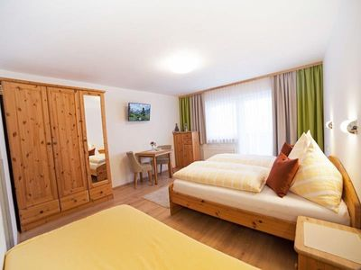 Photo for Family room with balcony (2 adults, 1 child) - Landhaus Vierthaler