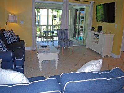 Photo for Villa Sanibel 2H, 2 Bedroom Plus Loft Condo, Overlooks Pool, Sleeps 8