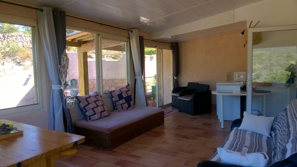 Property Image#5 Apartment 2 pieces 2 to 3 presonnes, the protes maquis