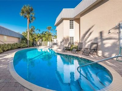 Photo for Newly Renovated Siesta Key Village Updated 2 Bedroom Ground Floor Unit with Pool