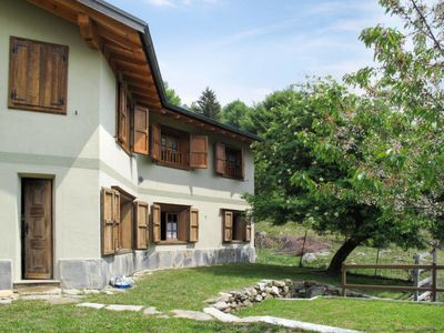 Photo for Apartment Chalet Pina (VCG152) in Val Cavargna - 10 persons, 5 bedrooms