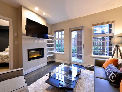 Photo for Modern and Spacious Executive One Bedroom Downtown Victoria Condo