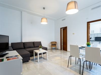 Photo for Studio apartment 26 m from the center of Seville with Internet, Air conditioning, Washing machine (718648)