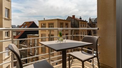 Photo for Suite for 2 persons with balcony and sun-oriented.