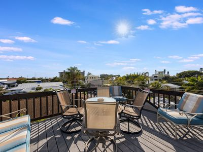 Photo for Rooftop Patio. WALK to everything. NEW POOL XLARGE SPA