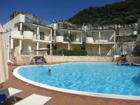 Lovely apartment with facilities near by, great pool and well equipped apartment!!