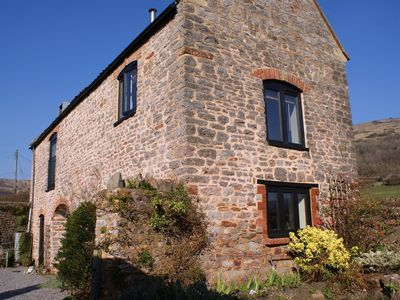 Photo for THE BARN, pet friendly, with open fire in Compton Bishop, Ref 975938
