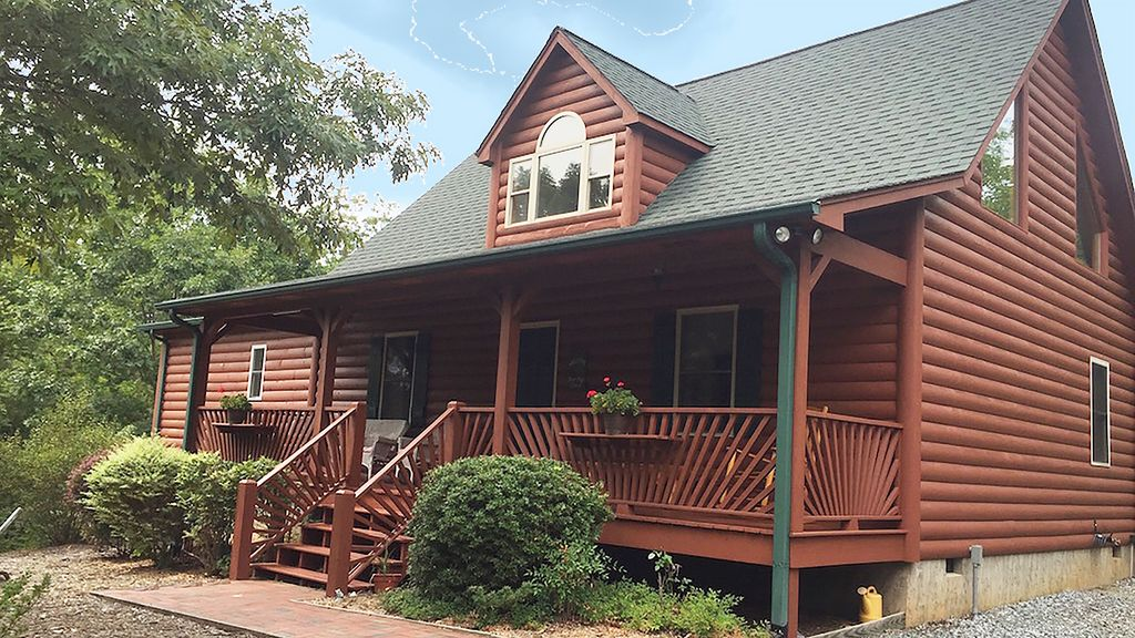 Property Image#1 This Tranquil Log Cabin Home Awaits You In Lake Lure ~ The