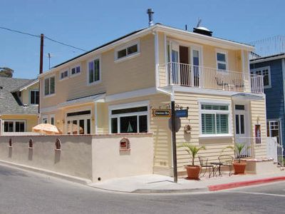 Photo for Spacious Home, Newly Remodeled, Private Patio, 3 Blocks to Beach, WIFI