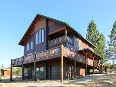 Photo for Alpenglow Foresta: A beautiful, secluded home inside Yosemite National Park