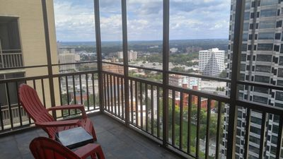 Pent House Downtown Atlanta Condo -2 Bdrm with Amazing Balcony View