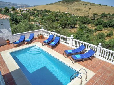 Photo for This 3-bedroom villa for up to 6 guests is located in Almogia and has a private swimming pool, air-c
