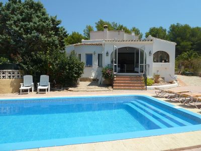Photo for *50% OFF 17-23 Aug*Fantastic villa, Pool, A/C, WiFi, Gazebo, Table tennis table
