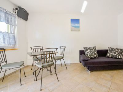 Photo for Beautiful apartment for 14 guests with WIFI, A/C, TV and parking