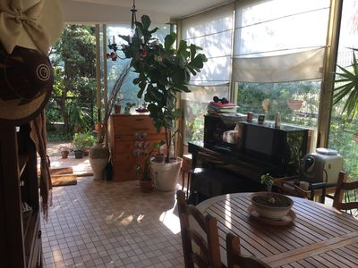 Photo for Nice apartment on the ground floor 2 steps from the beaches and Cap d'Antibes