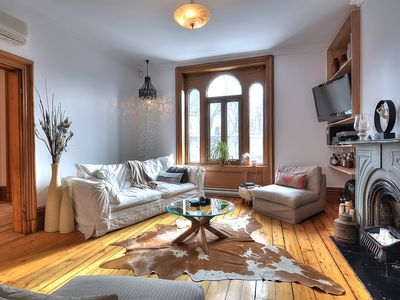 Very Clean Brownstone in downtown Montreal!