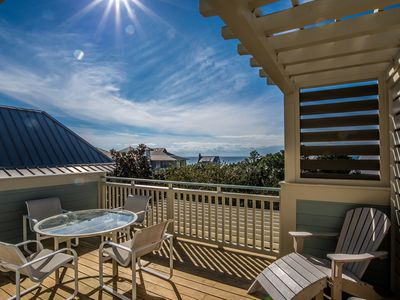 Photo for Beach Hat, 30A Cottages, 3 Night Min., Gulf View, Steps to Beach & WaterColor Town Center!