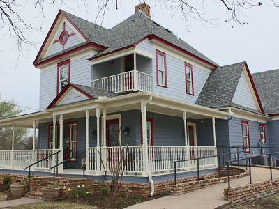 Photo for Beautiful Victorian-Style Home