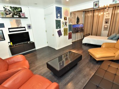 Photo for Charming Gallery Apartment in Heart of Astoria/LIC
