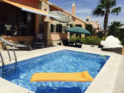 Photo for Holiday house with private swimming pool and gated community Alicante / South