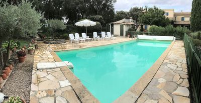 Photo for At the heart of Provence, in an exceptional green