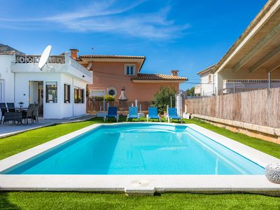 Photo for Villa Moreno with Wi-Fi, Garden, Terrace & Pool; Street Parking Available