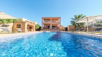 Really nice villa in a great location