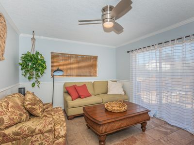 Photo for Oceanside Cottage- Walking Distance to the Beach, Restaurants and Shops!