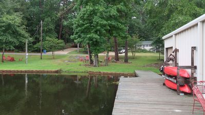 Photo for GRIF's GETAWAY, East Texas, sleeps 6, Lakefront, Dock, Firepit, Kayaks