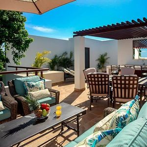 Photo for Postcard Perfect Penthouse near beach with FREE Access to Resorts!