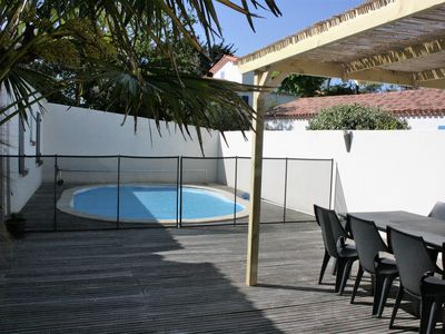 Photo for Villa with heated pool close to the sea and the forest